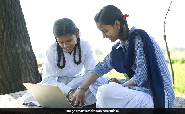 GSEB SSC Result 2018: Gujarat Board 10th Result Declared; 67.50 Per Cent Students Pass