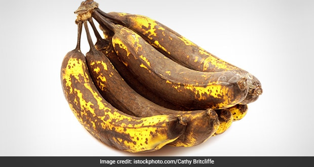 Unripe bananas can cause constipation as they contain a lot of starch and  fiber 2.