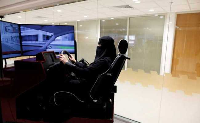 Midnight cheers and disbelief as Saudi Arabia end ban on women driving