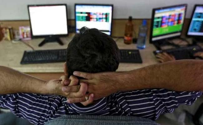 तेजी के साथ बंद हुए शेयर बाजार, सेंसेक्स 282 और निफ्टी 74 अंक ऊपर  बंद