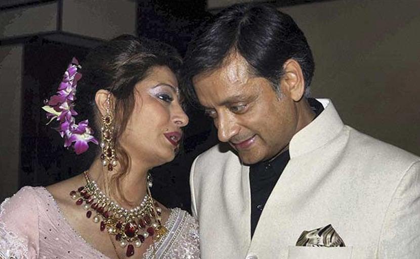 सुनंदा पुष्कर मामला : अदालत ने शशि थरूर को विदेश जाने की दी अनुमति