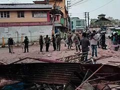 शिलांग में फिर भड़की हिंसा : सेना ने किया फ्लैग मार्च, केंद्र ने अतिरिक्त बलों को रवाना किया