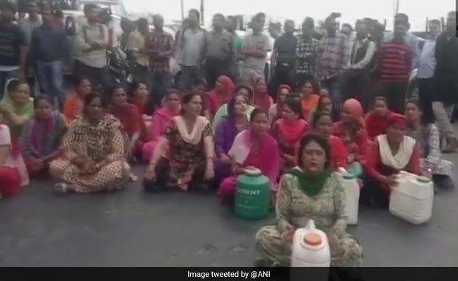 शिमला नगर निगम ने बिल न जमा करने वाले 40 होटलों के कनेक्शन काटने के दिये आदेश