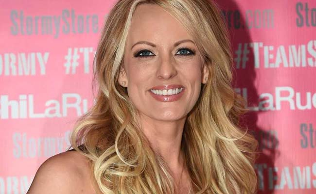 "Stormy Daniels Arrested In Ohio Strip Club, Lawyer Says Arrest A ""Setup"""
