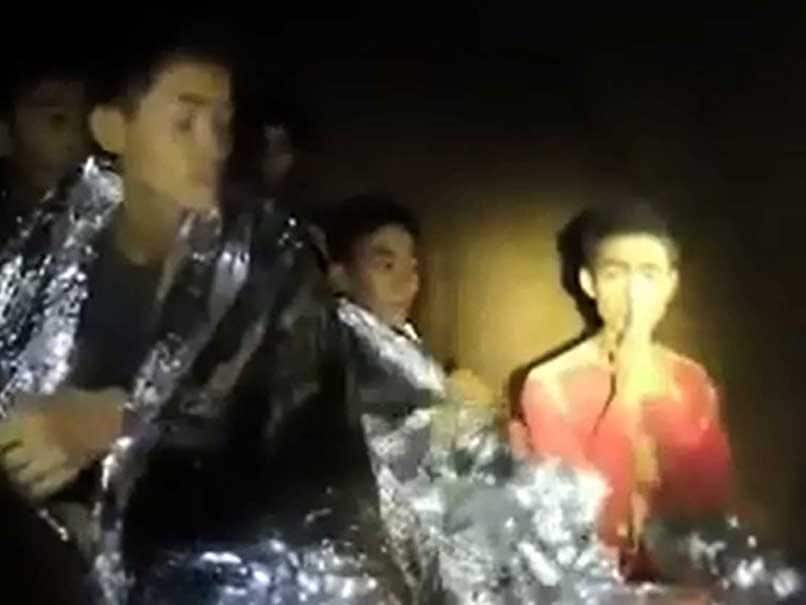 4 Boys Of Thai Soccer Team Evacuated From Cave By Rescue Team