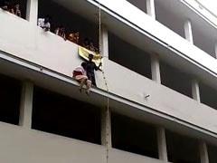 तमिलनाडु के एक कॉलेज में डिजास्टर ड्रिल के दौरान कैमरे के सामने छात्रा की 'धक्के से मौत'