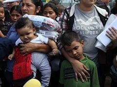US Judge Suspends Deportation Of Reunited Migrant Families