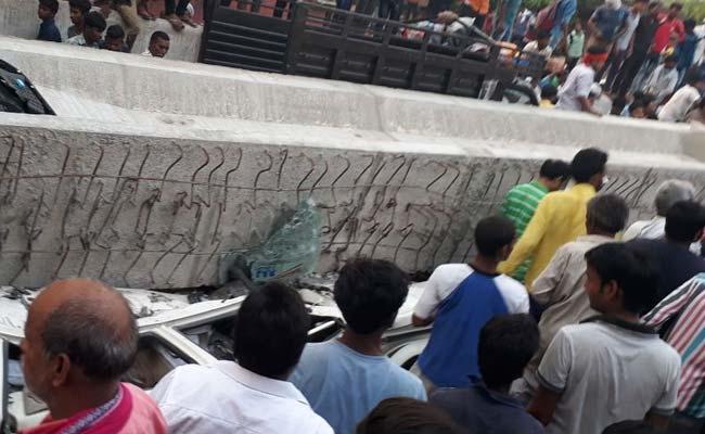 पीएम मोदी के संसदीय क्षेत्र वाराणसी में टला एक और बड़ा हादसा, फ्लाईओवर का प्लेट गिरा