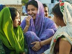 अनुष्का शर्मा को 20 मिनट लगते थे ममता बनने में, 'सुई धागा' में पहनाई गईं सस्ती साड़ियां- देखें Video