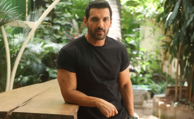 For Sarfarosh 2, 'Big Fan' John Abraham Takes Over From Aamir Khan