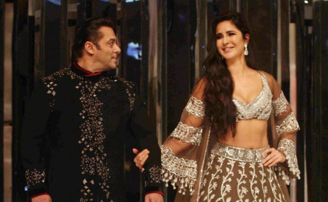Katrina Kaif And Salman Khan Walk Manish Malhotra's Ramp. Janhvi, Sara In Front Row