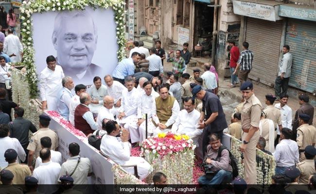Atal Bihari Vajpayee's Ashes Immersed In Sabarmati River
