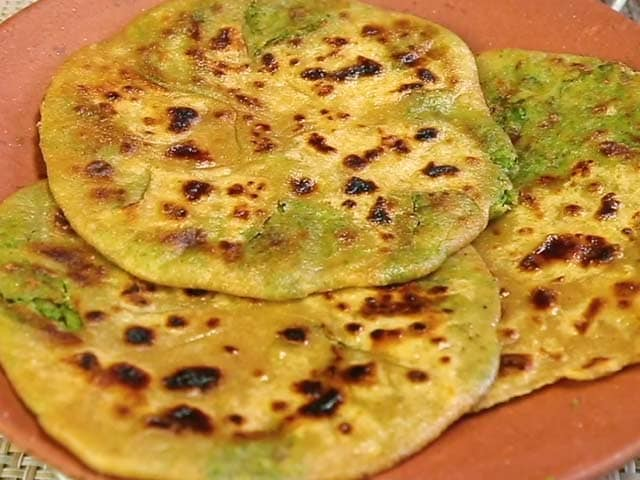Video : How To Make Broccoli Paratha At Home
