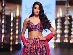 Lakme Fashion Week Day 3: Janhvi Kapoor Makes Her Showstopper Debut