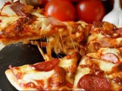 An Ultimate Guide On How To Order A Pizza