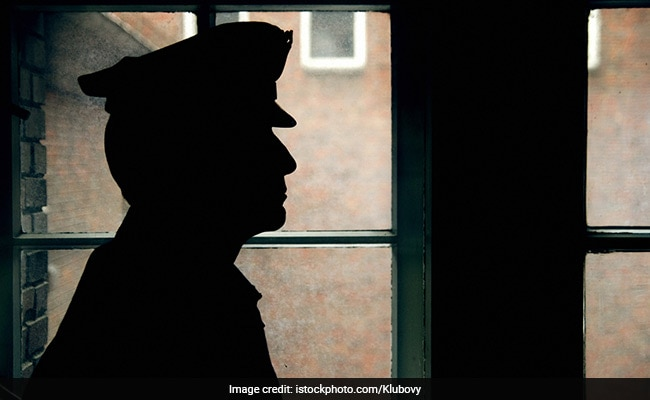 Delhi Cop Allegedly Commits Suicide By Jumping In Front Of Metro Train