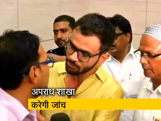 Video : बड़ी खबर: JNU छात्र उमर खालिद पर हमला