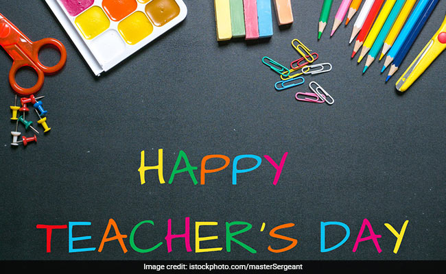 happy teachers day messages to bring a smile on your teachers faces