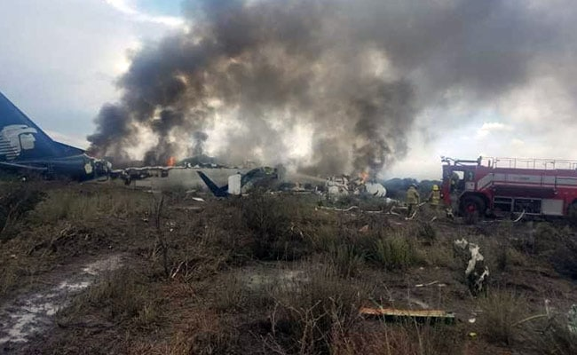 No Deaths After Aeromexico Embraer 190 Plane Crashes In Mexico