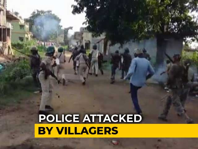 Video : Police Clash with Jharkhand Villagers During Eid, Many Injured