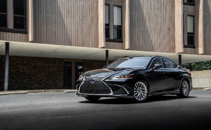 The 2019 Lexus ES 300h comes to India as a completely built unit (CBU)