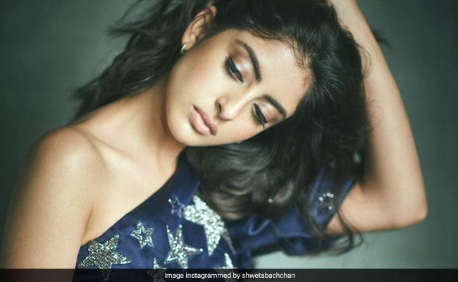 अमिताभ बच्चन की नातिन ने ग्लैमरस लुक में ढाया कहर, फोटोशूट के बदले मिला ये इनाम...