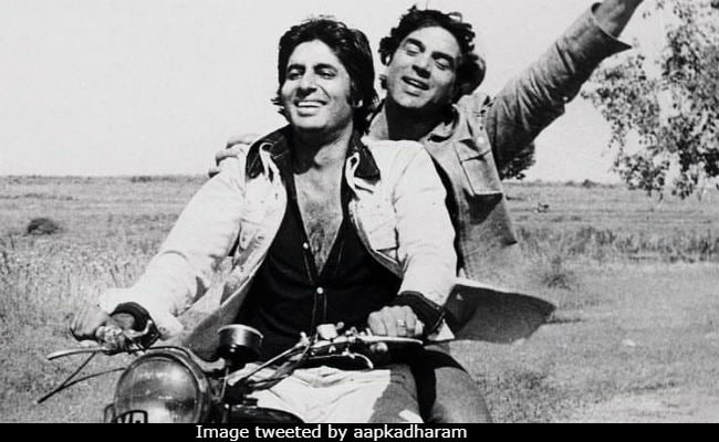 Friendship Day: Yeh Dosti Dharmendra And Amitabh Bachchan Nahi Todenge. Sholay Throwback