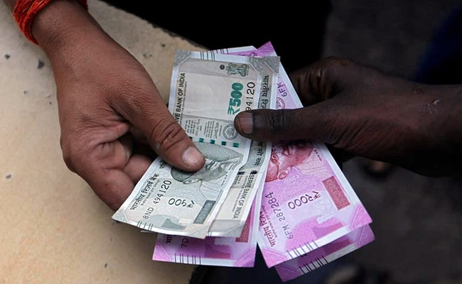 RBI Likely Sold Dollars To Stem Sharp Fall In Rupee, Say Dealers