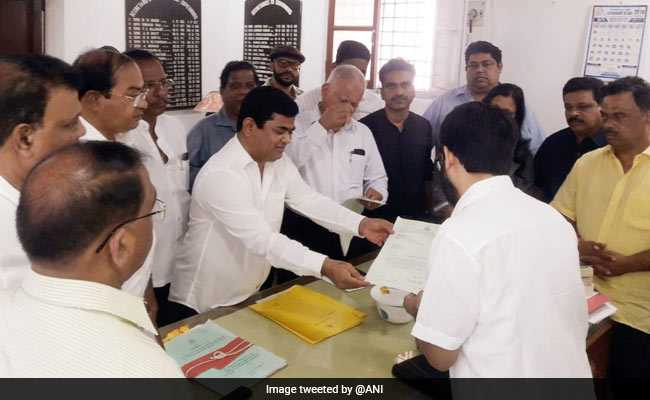 Congress Demands Floor Test In Goa, Says 'Race' On For Top Post