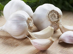 Ditch The Pill, Switch To Garlic For High Blood Pressure: Here's How Should You Consume It