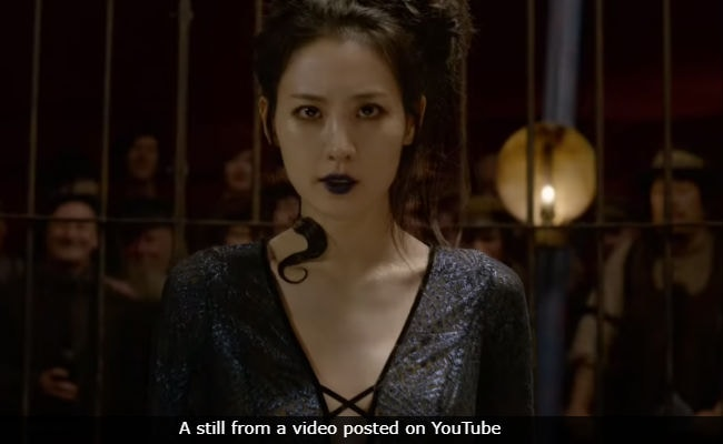 Fantastic Beasts: The Crimes Of Grindelwald Final Trailer - You Did Not See That Big Nagini Reveal Coming