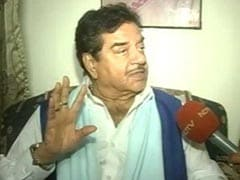Don't Make Artistes Feel Neglected, Says Shatrughan Sinha On Kader Khan's Death