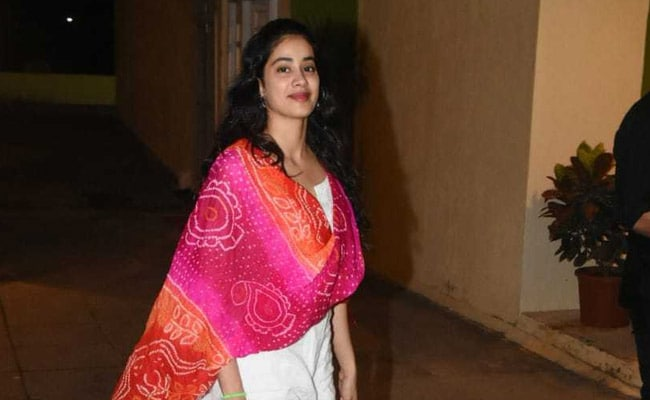 c15403d987 Like Janhvi Kapoor, Add A Fun Dupatta To Elevate A Simple White Outfit