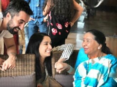 To Grand <i>Aaji</i> Asha Bhosle, With Love From Shraddha Kapoor