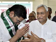 Nitish Kumar Reveal On Party No 2 Prashant Kishor Involves Amit Shah