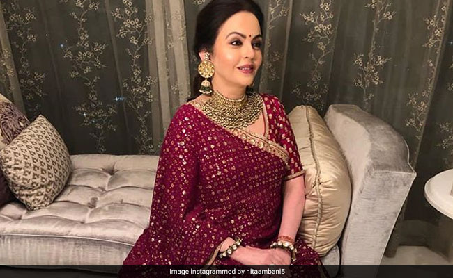 Nita Ambani Visits Ambaji Temple To Offer Isha's Wedding Invitation