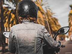 Two-Wheeler Riders Without Helmet Will Not Be Able To Buy Petrol In Noida