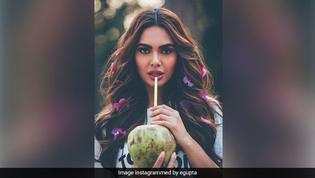 Read: Esha Gupta Sets The Record Straight On What It Means To Be Healthy In This Instagram Post!