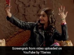 Four Years Of </I>Khoobsurat</i>: Sonam Kapoor Relives Fond Memories