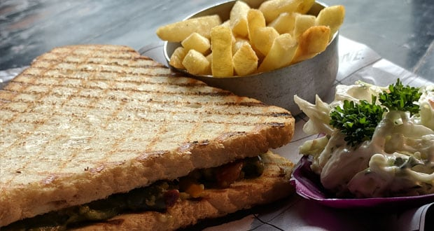 Grilled Veg Pesto Sandwich