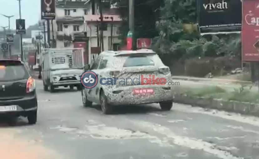 कंपनी ने SUV को सैंगयंग टिवोली X100 के प्लैटफॉर्म पर बनाया है