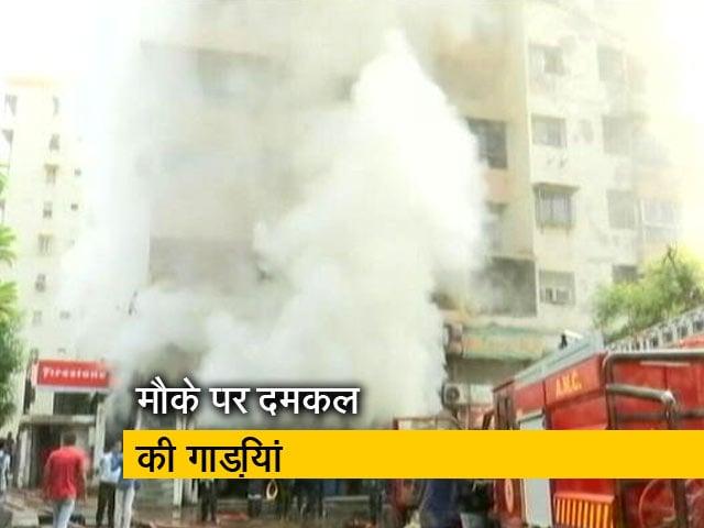 Videos : अहमदाबाद : टायर फैक्ट्री में भीषण आग, दमकल की कई गाड़ियां मौके पर