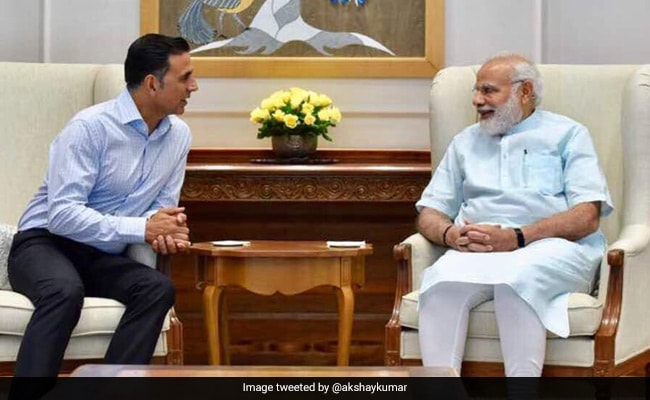 PM Narendra Modi Thanks Akshay Kumar For Birthday Wish On Twitter