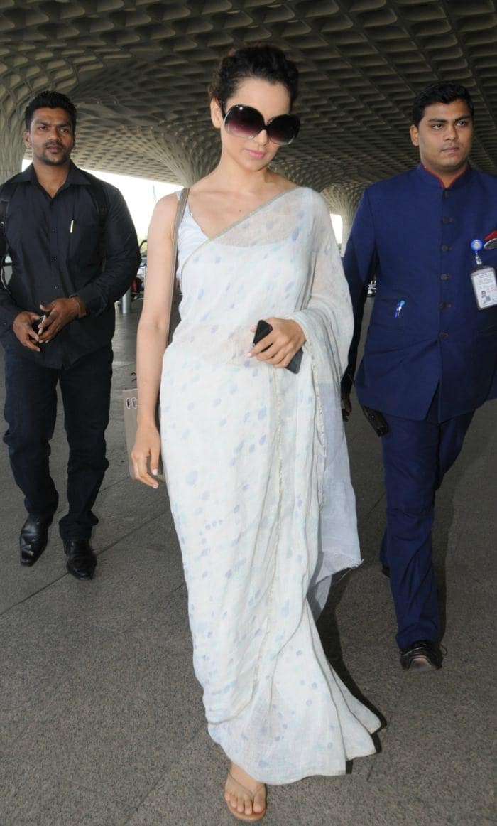 After Kangana Ranaut, Anushka Sharma Stuns In A Saree At The