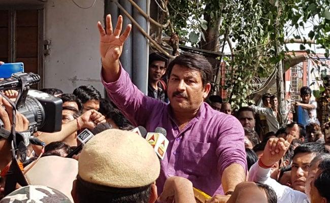 Lok Sabha Polls: Manoj Tiwari Hits Back After Arvind Kejriwal's 'Naachta Bahaut' Remark