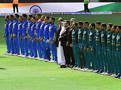 Asia Cup 2018, India vs Pakistan: Pakistan Cricket Fan Sings Indian National Anthem. Watch