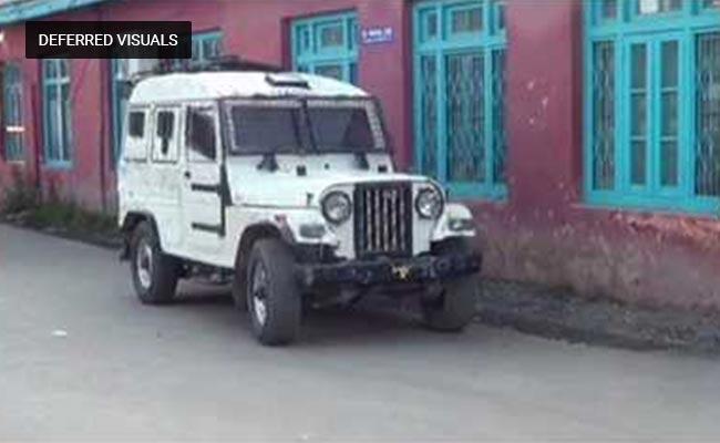 कश्मीर: शोपियां में आतंकियों से मुठभेड़ में एक जवान शहीद, चार आतंकी ढेर