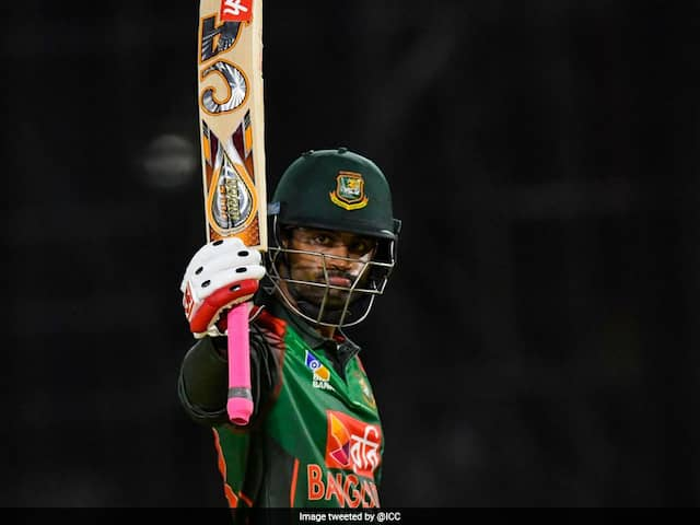 Asia Cup 2018: Injured Tamim Iqbals One-Handed Batting Sends Twitter Into A Frenzy