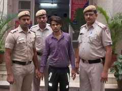 दिल्ली में पकड़ा गया 'स्पाइडरमैन' चोर, कारों पर कूदकर हो जाता था फरार
