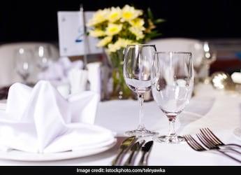 Looking At Restaurant Menus Online? Viral Tweet Proves You're Not Alone